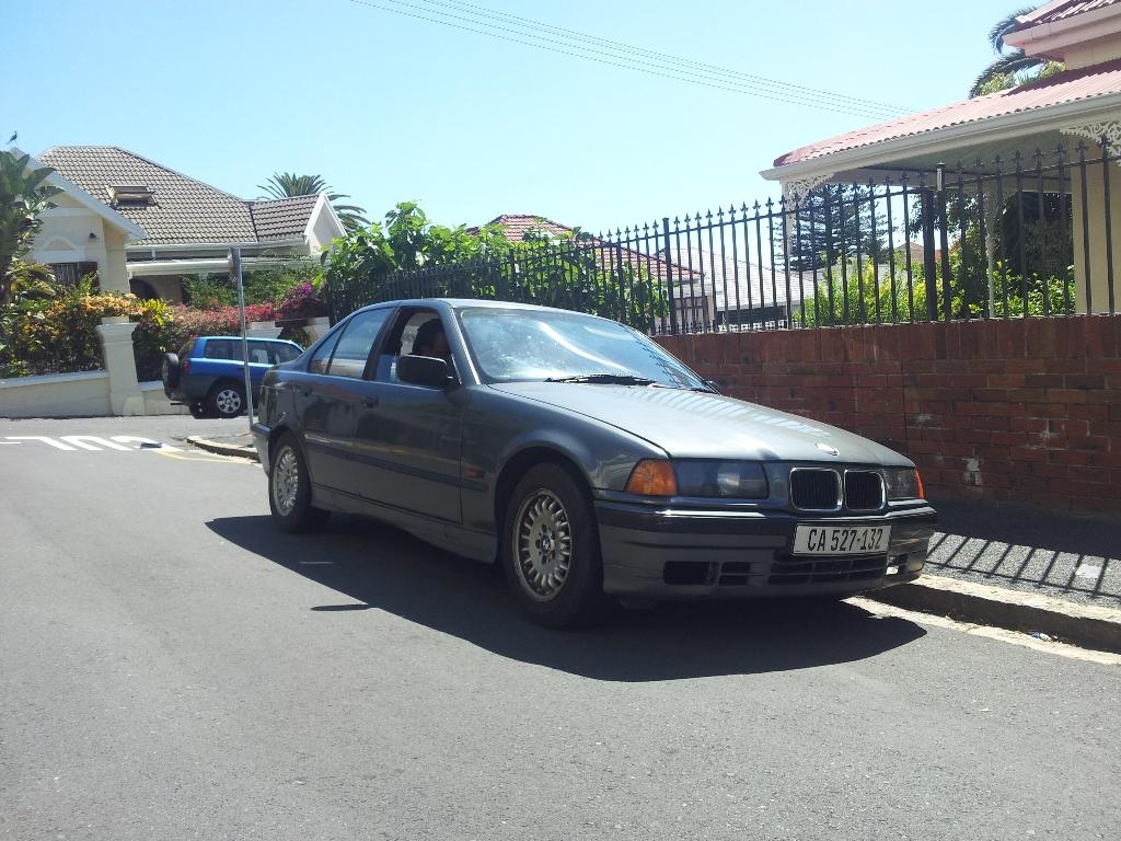 Flash Back Review:1993-1998 BMW E36 316i