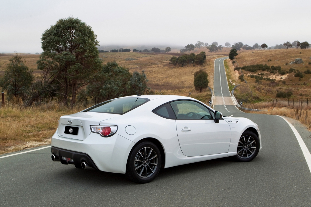 Most Detailed Toyota GT 86 Review to date