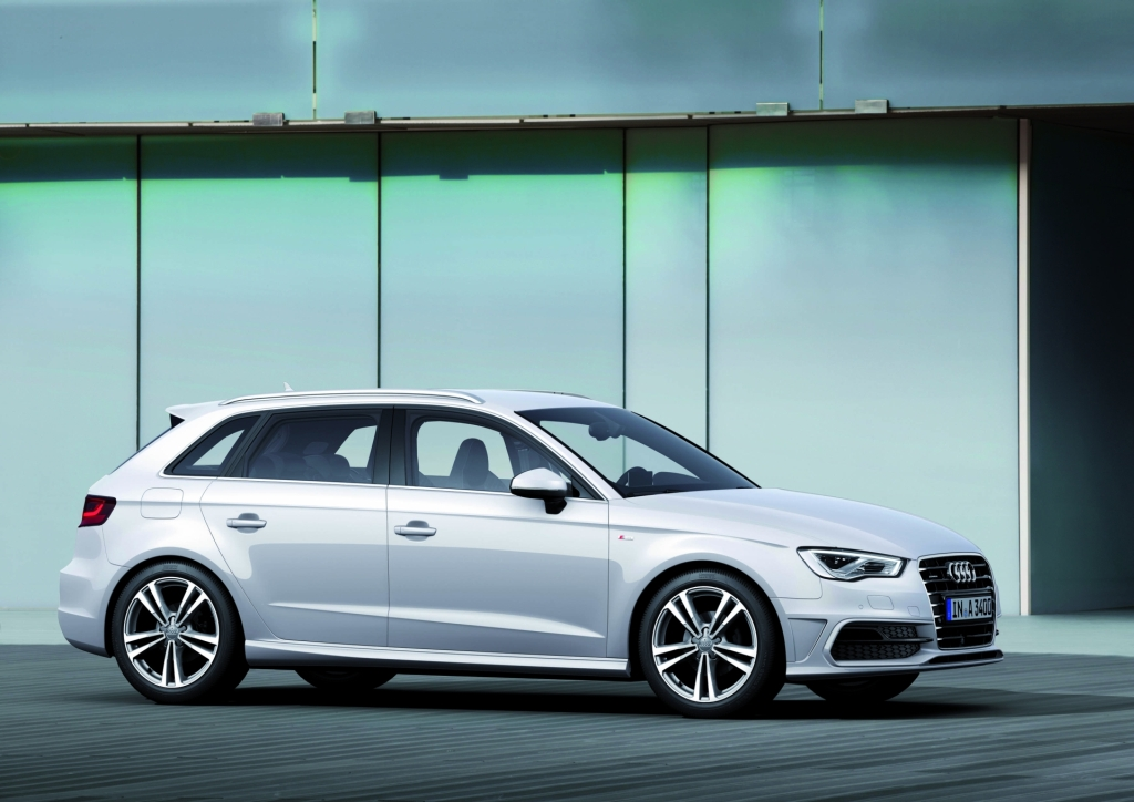 2013 Audi A3 Sportback: More Pics and Videos