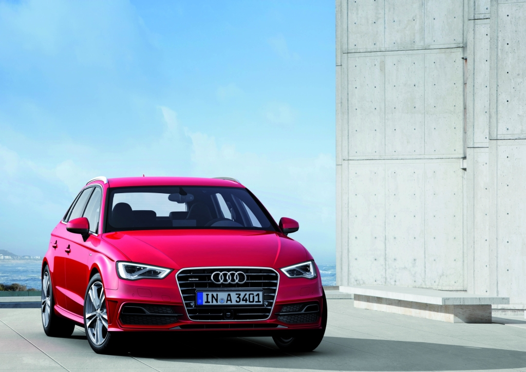 2013 audi a3 sportback more pics and videos. Black Bedroom Furniture Sets. Home Design Ideas