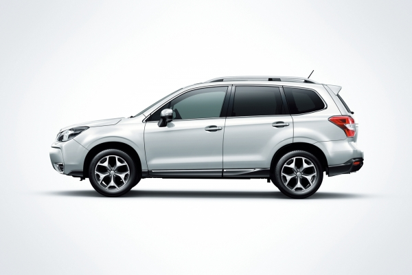 2013 SUBARU FORESTER World Premiere [Video]