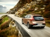 2013-volvo-v40-cross-country-14