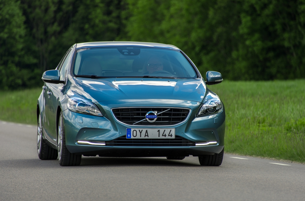 Volvo V40 Pricing For South Africa