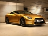 bolt-gold-nissan-gt-r_03