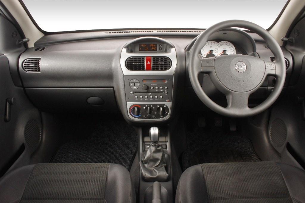2011 Chevy Corsa Utility 1.4 Club [Review]