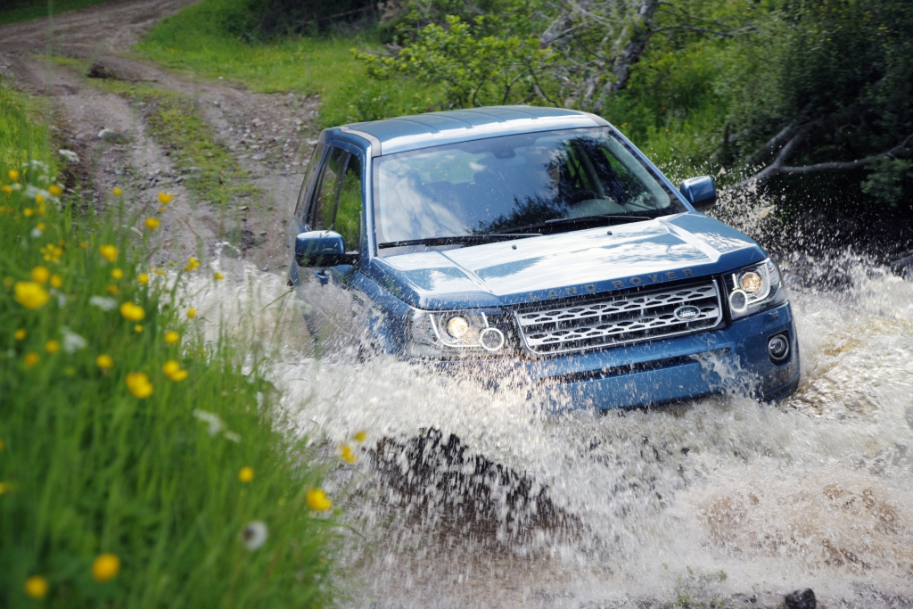 Land Rover Freelander Gets an Overhaul