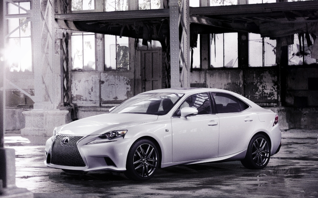 Official Pictures of the New Generation Lexus IS