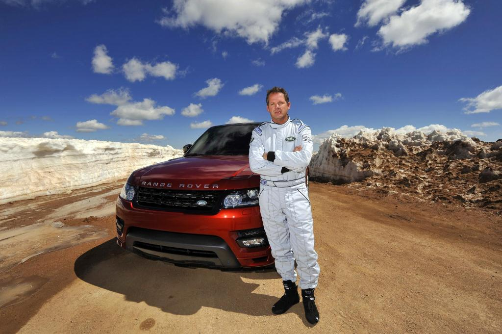 New Range Rover Sport Sets Pikes Peak Hill Climb Record