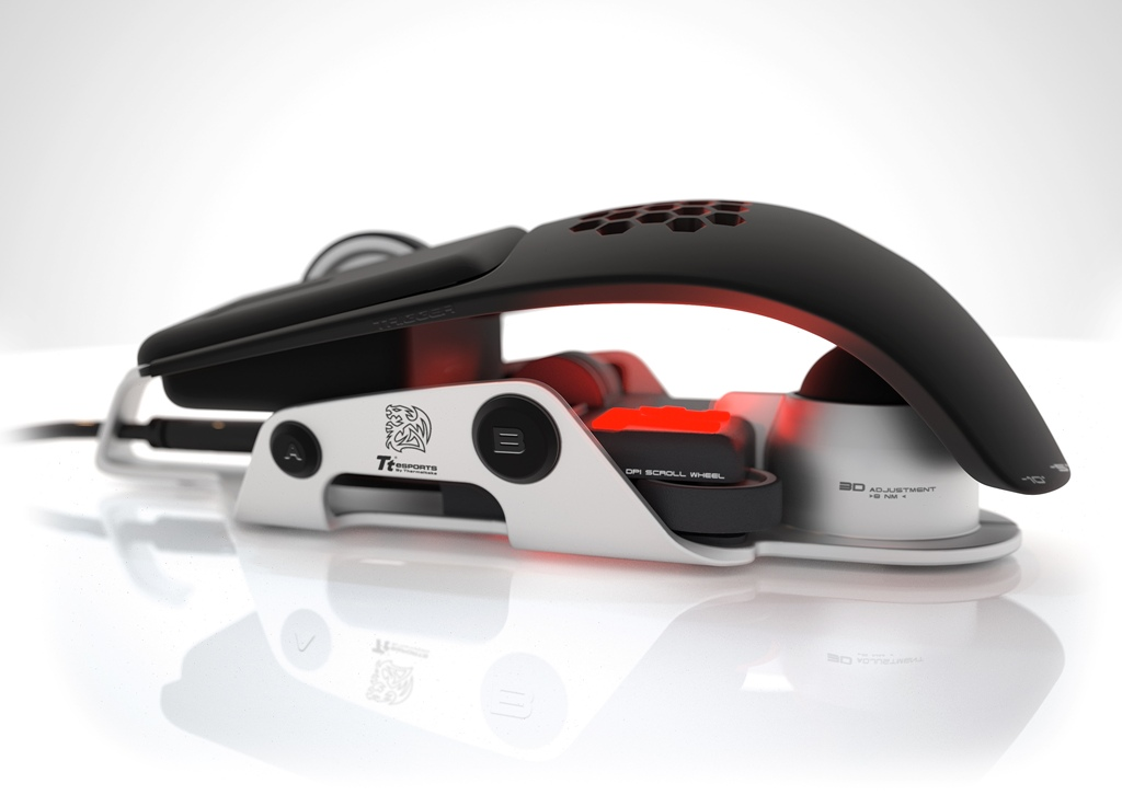 BMW DesignworksUSA Designs Thermaltake Level 10 M Gaming Mouse