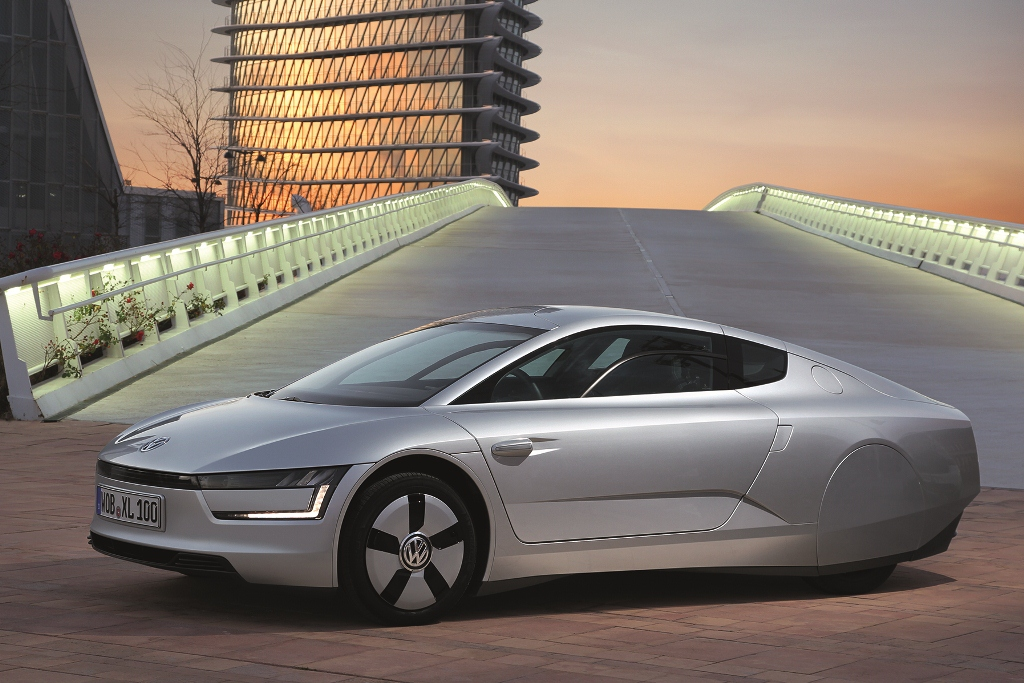 Volkswagen XL1 - The Most Fuel Efficient Car Ever
